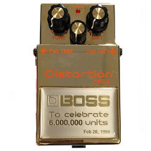 Boss_DS-1_Distortion_Gold_Special_Edition_Pedal.jpg